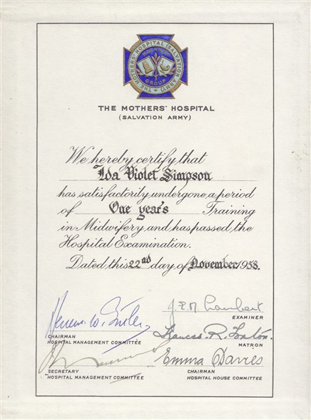 Photo:Midwife Training Certificate