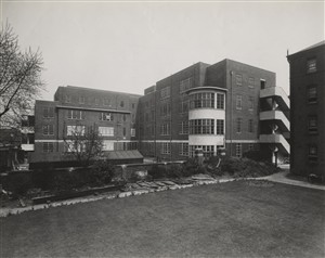 Photo:Rear elevation of the new Maternity Block from south-west, April 1940 (catalogue reference: SC01601-B9721)
