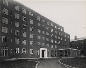 Photo:Front elevation from entrance gate, November 1937 (catalogue reference: SC01605-B5929)